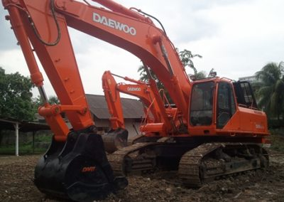 Rekondisi 8 unit Excavator Doosan 500 LC-V