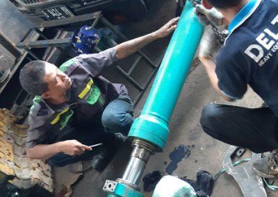 Repair Hydraulic Kobelco Sk200