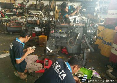 Overhaul Engine Excavator PC-300 milik PT. Tunas Jaya Perkasa