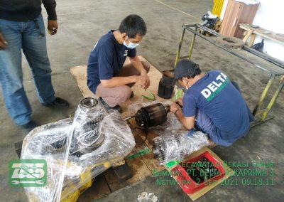 Overhaul Transmisi Unit Loader Komatsu WA180-1
